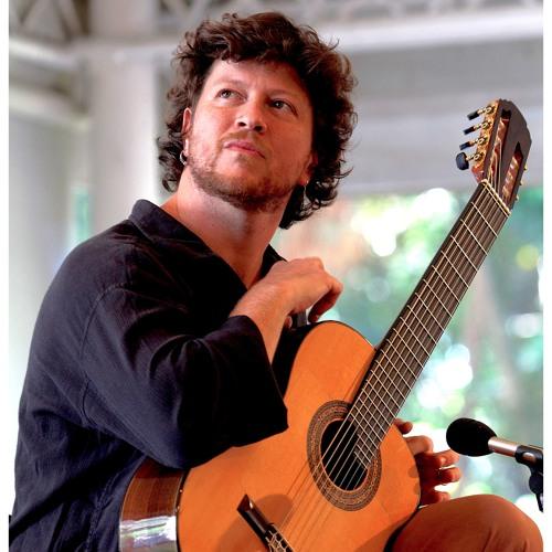 Emiliano Castro's avatar