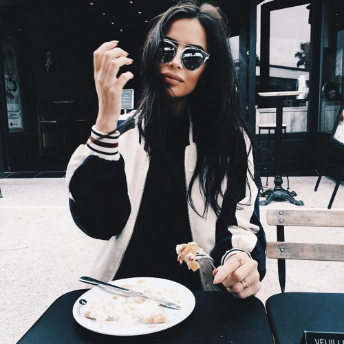 Elinor's avatar