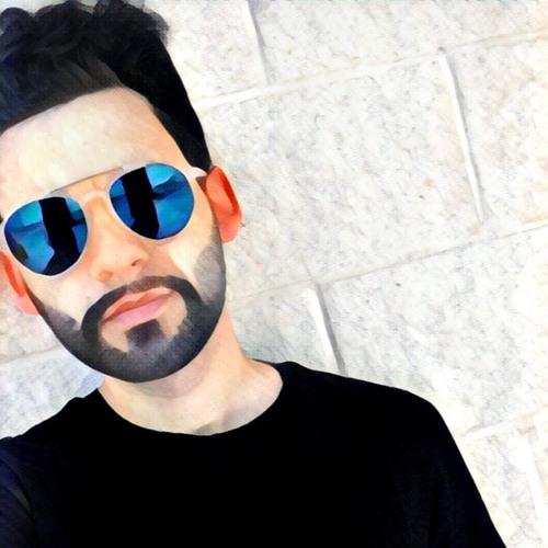 M    R    C    O's avatar