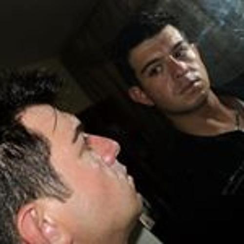 Ricardo Brandão's avatar