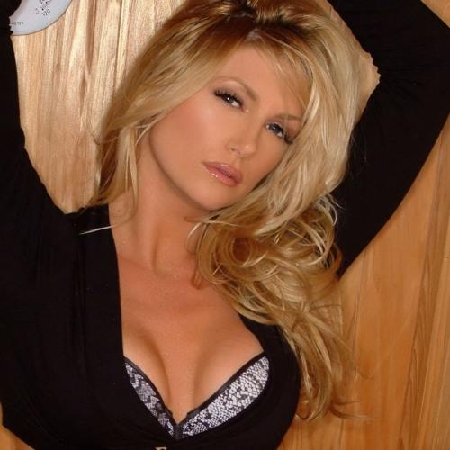 Beth Garlick's avatar