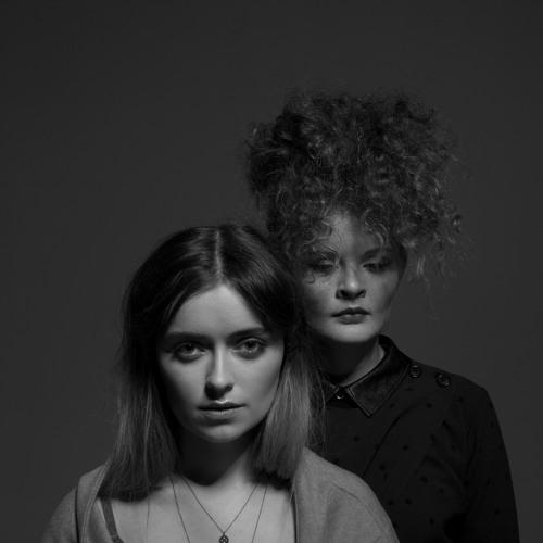 Elsa & Emilie's avatar