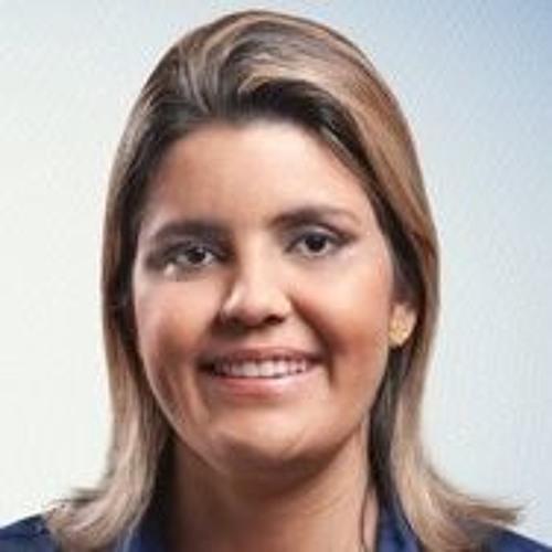 Luana Ramos's avatar