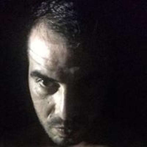 Ernesto Madrid's avatar
