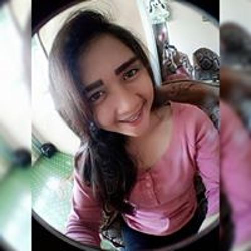 Helly Agustika's avatar