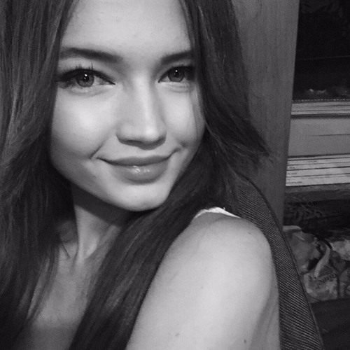 Karina Ray's avatar