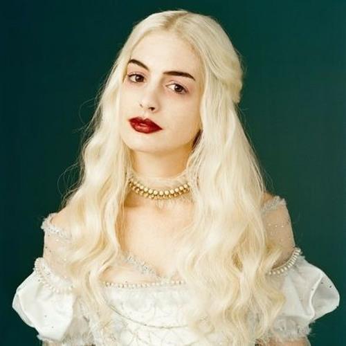 Yasmine V. Trofast's avatar