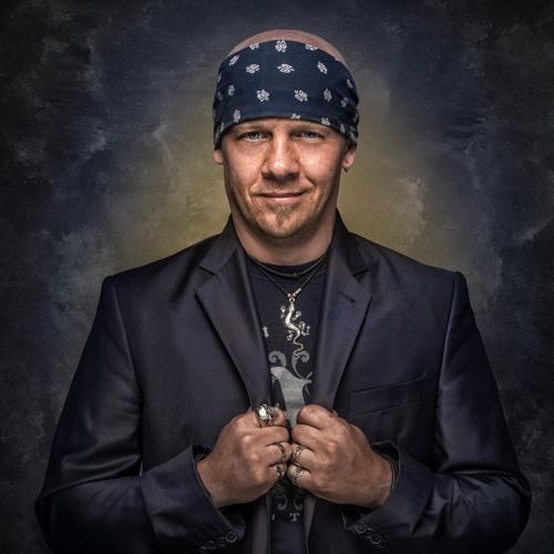 Carsten Lizard Schulz's avatar
