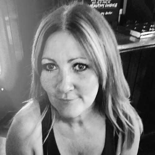 Helen Waite's avatar