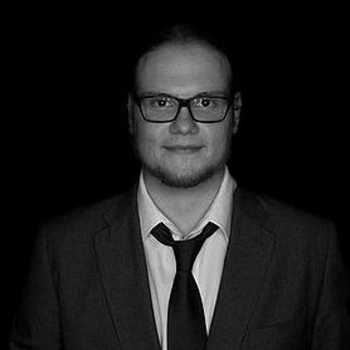 Chris Manucredo's avatar
