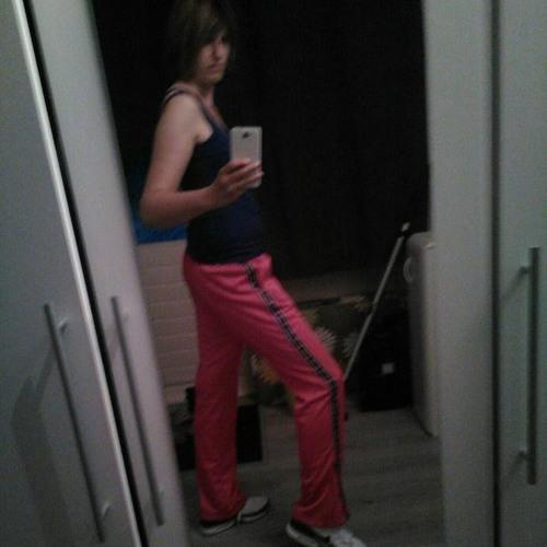 Ellen Roos 1's avatar
