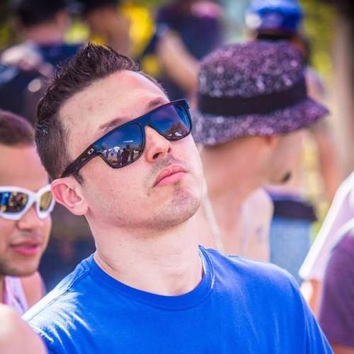 Robson Oliveira  ૐ's avatar