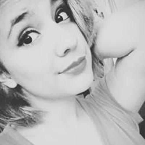 Aura Alvarado's avatar