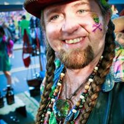 Daniel Donovan's avatar