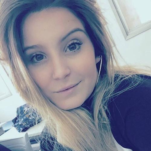 Marília Bergamo's avatar