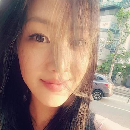 H₩ KMI's avatar
