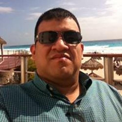 Dennis Diaz's avatar