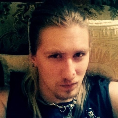 Izzy D'Moll.'s avatar