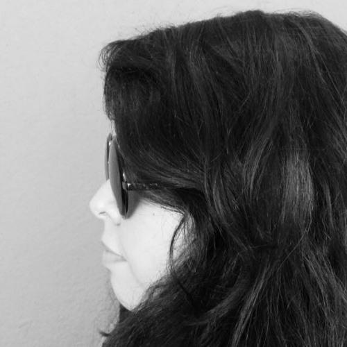 Isabella Anália's avatar
