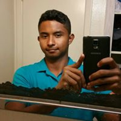 Oscar Martinez's avatar