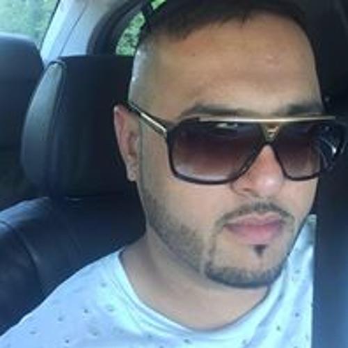 Preet Khaira's avatar