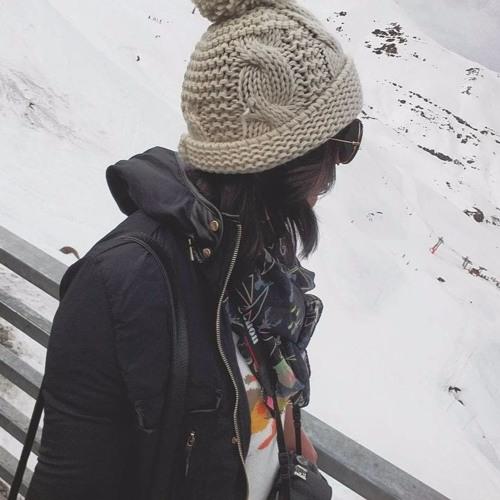 Jullyana Cardoso's avatar