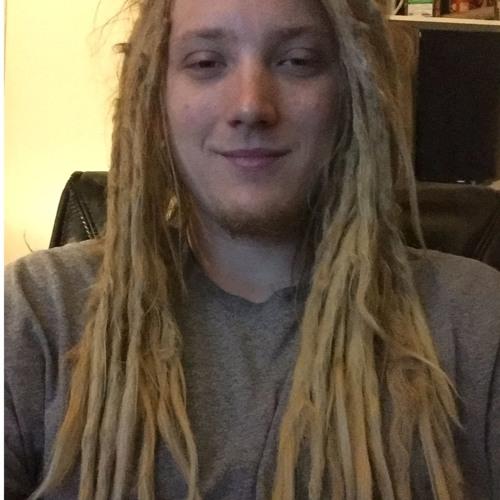 Austin Clowdus's avatar