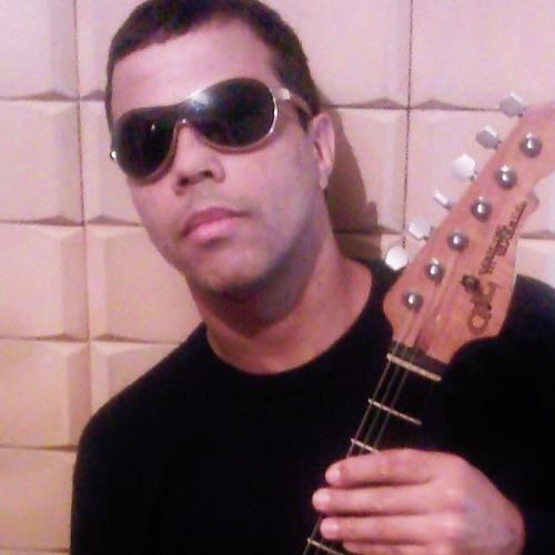 VAN NICIO's avatar