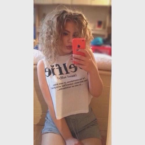 Chloé Spl's avatar