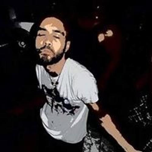 Felipe Queiroz's avatar