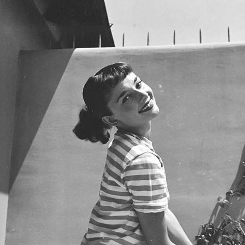 Mona Mohamed 17's avatar