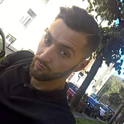 Moescu Stefan's avatar
