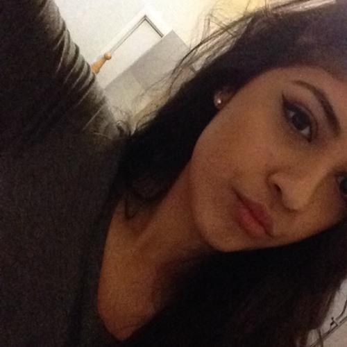 Andrea Jheeta Lobos's avatar