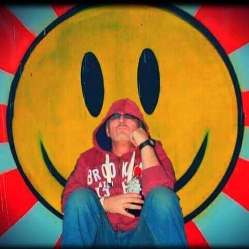 Ian Russell's avatar
