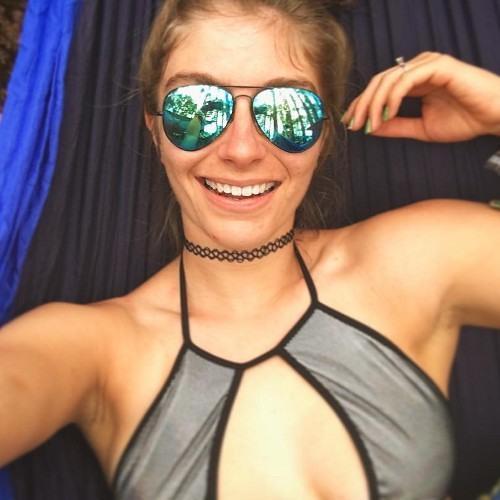 Natalie Shakti's avatar