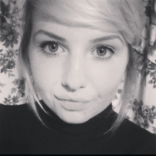 LauraMarsh's avatar