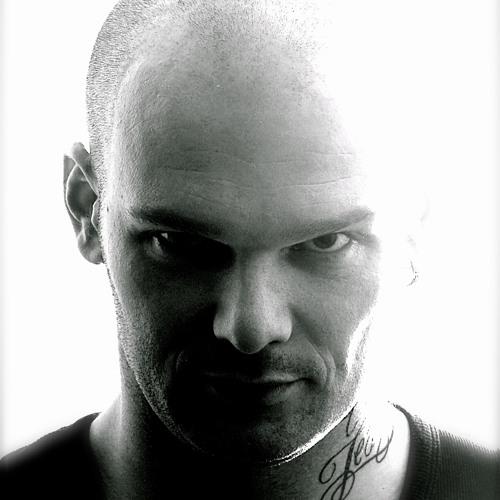 Simon Davies's avatar