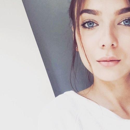Anastasia's avatar