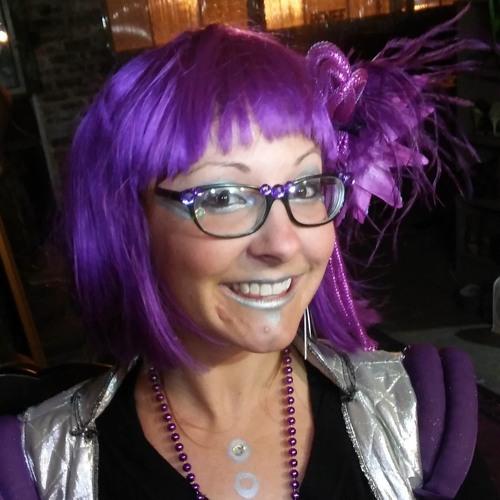 Lindsey Lucky's avatar