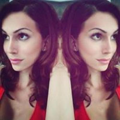 Alena Giavera's avatar