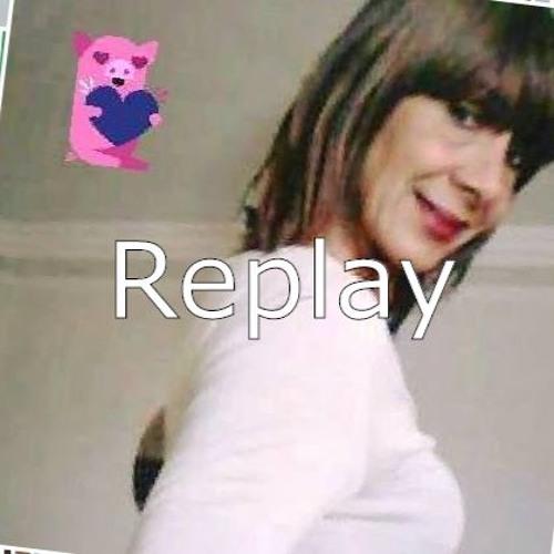 Luna Mesquita's avatar
