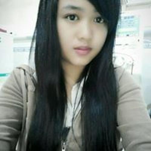 Fitri Bangun Sari's avatar