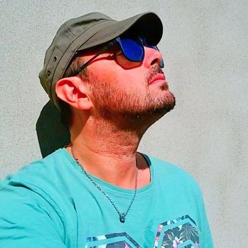 Ivan Kay's avatar