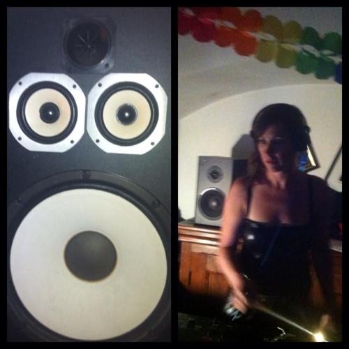 Nana Tazya's avatar