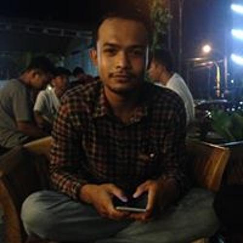 Ari Feroza's avatar