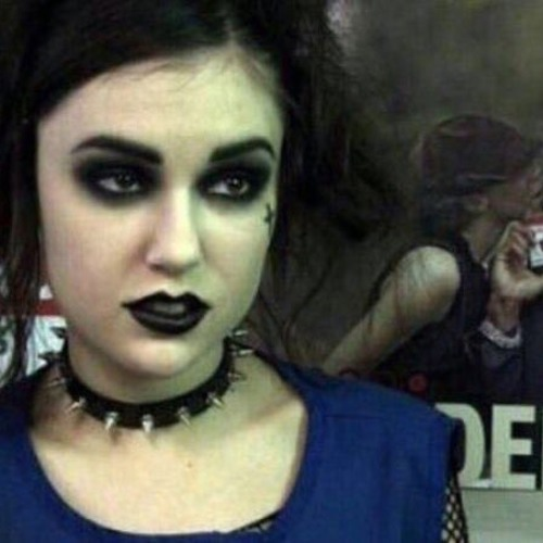 goth girl's avatar