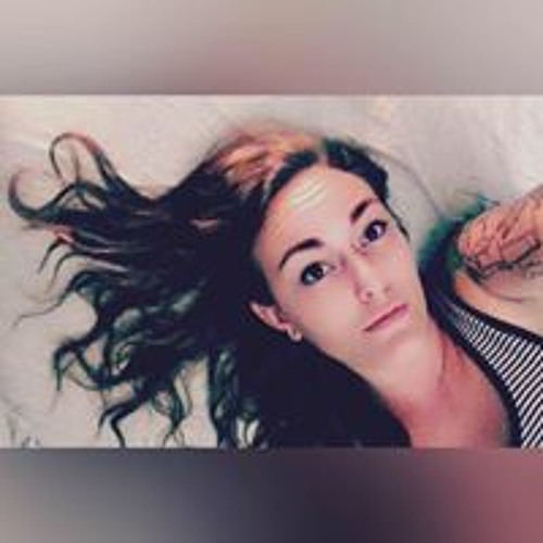 Juli Rose's avatar