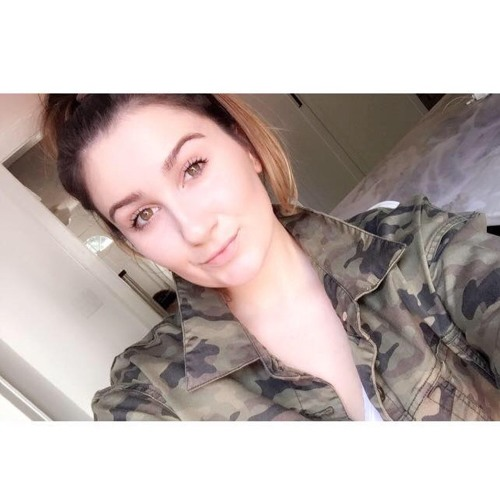 EmilyN88's avatar