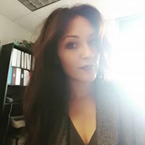 Ashley Lynn's avatar