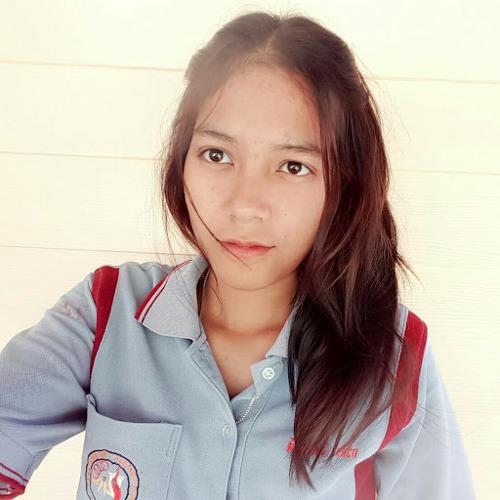 LY 'z's avatar